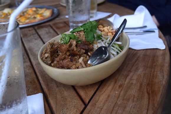オアフ島コオリナにあるモンキーポッドキッチン