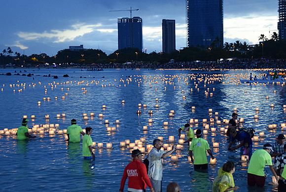 lanternfloating13