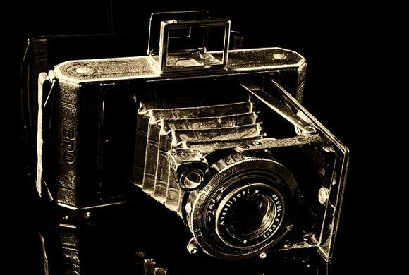 camera-188083_640