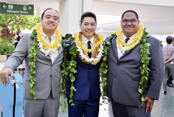 ハワイ、ワイキキ・ビーチ・ウォークでハワイアン音楽を楽しもう