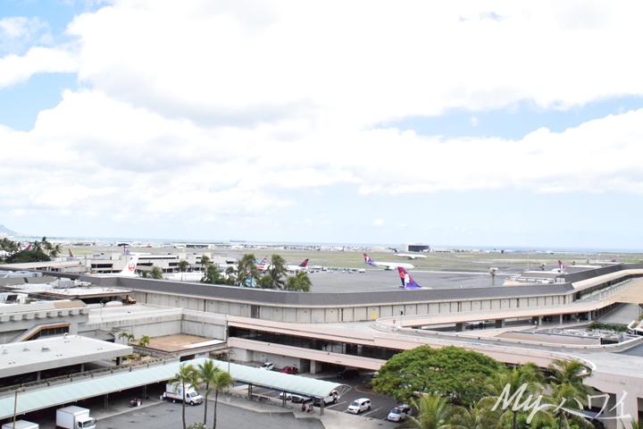ホノルル国際空港、実際はダニエル・K・イノウエ国際空港です