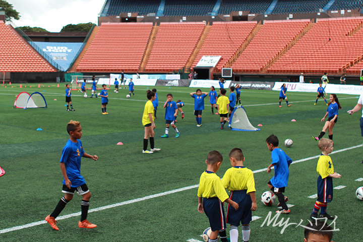 kids playing soccer at Aloha Stadium
