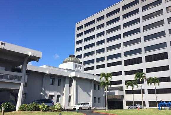 ハワイ州議会、有給家族休暇保障の法案を審議中