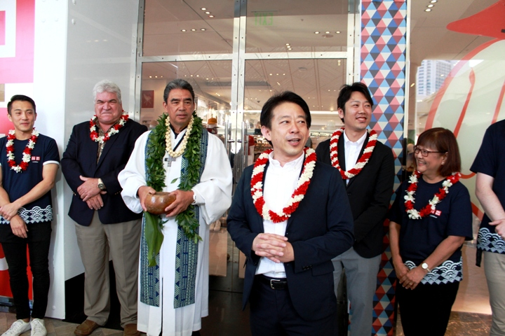 ハワイ初!ユニクロのポップアップストア開店