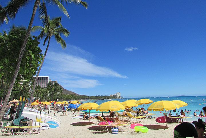 ハワイのホノルル、全米一楽しい都市