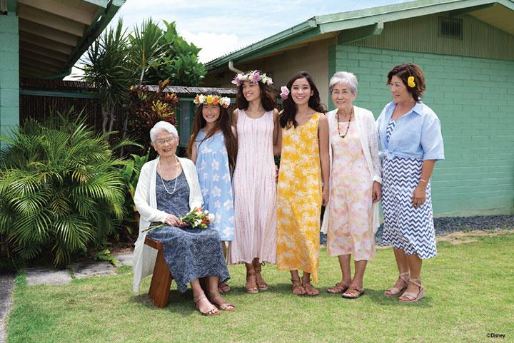 """ユニクロがハワイのアラモアナショッピングセンターにオープン"""""""""""