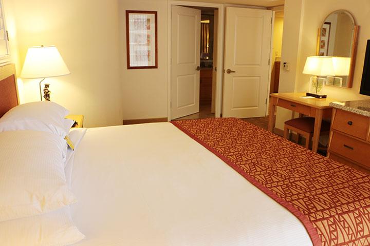 エンバシー・スイーツ キングベッド 2ベッドルーム