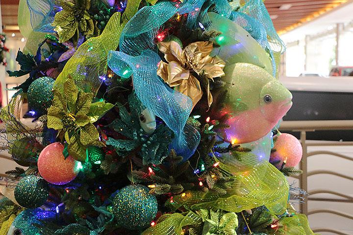 エンバシースイーツ、クリスマスツリー