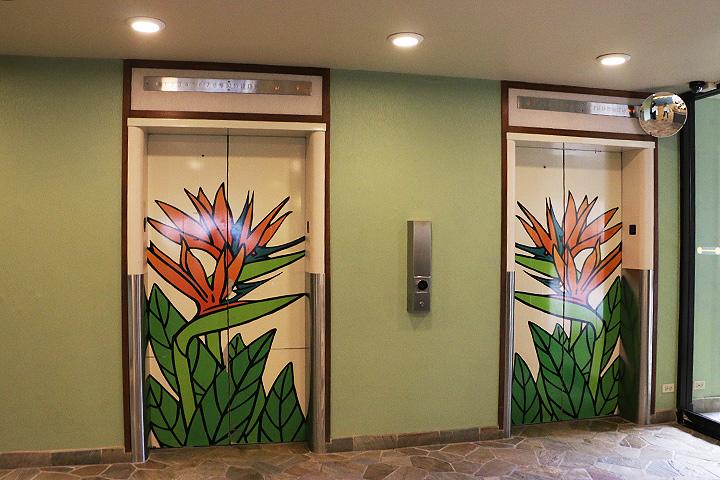 アンバサダーのエレベーター