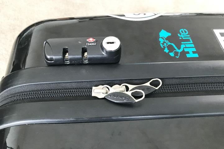 ハワイ旅行、スーツケース